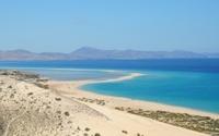 landscape between desert and sea