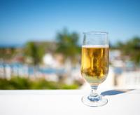 Tropical Setting, Beer, Resort Background