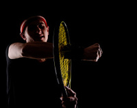 broken tenis racket