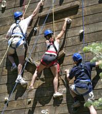 Teamwork with three climbers