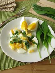 Egg salad with ramsons