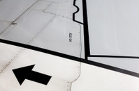 Airplane wing markings