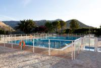 Swimmingpool in the sun