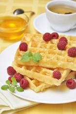 Waffles with raspberryes