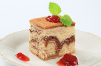 Sponge cake and jam