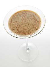 Irish cream liqueur with nutmeg