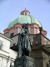 Statue of King Karlov 4th