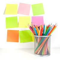 Colour pencils in the basket and postit  for reminder note