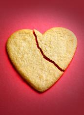 Gingerbread cookie in the shape of a broken heart