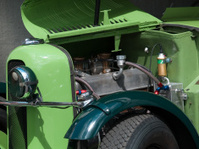Green Classic Car Detais
