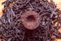 Aromatic black pu-erh tea from