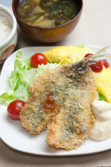 Japanese Cuisine Aji-furai ( エビフライ, Deep-fried horse mackerel )