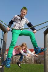 climbing siblings