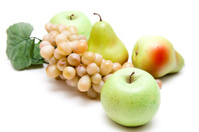 Apple and pear with grapes