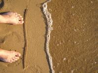 feet by the sea