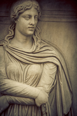 Face of a ancient roman woman