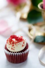 Red velvet cupcake in romantic decoration