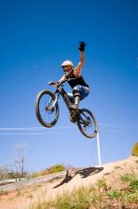 Mountain Bike One Hand Air