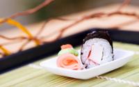 Krab roll sushi
