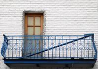 Greek style balcony in Montreal