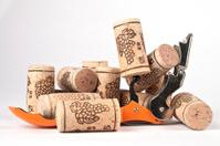 corks & corkscrew