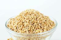 peeled barley in a bowl
