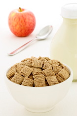 healthy wheat cereal breakfast