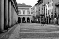 Novara. Black and White