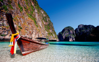 Thailand, Krabi Province, Ko PhiPhi Leh, Maya Bay.