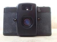 35mm compact camera