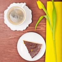 Breakfast in yellow