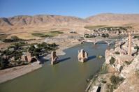 ruined bridges at hasankeyf batman city of turkey