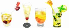 bar set alcoholic cocktails