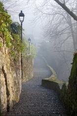 Bergamo - ascent to upper town in winter fog