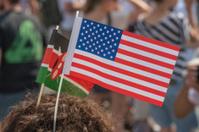 Kenian and American flag