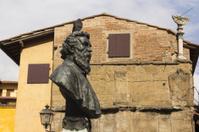 Benvenuto Cellini Monument