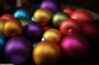 Dystortia Xmas: Many Coloured Ornaments