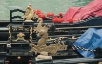 Decor of Venetian gondolas