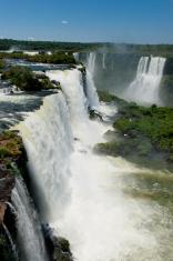 garganta del diablo at the iguazu falls