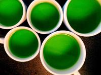 Gelatin dessert, in cups.