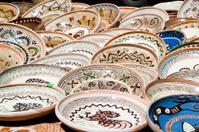 Ceramic plates exposed to market