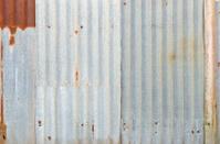Very rusty old zinc walll