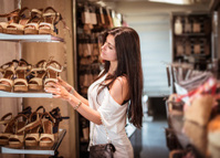 woman doing shopping in a store