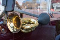 Oldtimer car horn