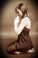 girl teenager prayer portraits