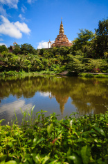 Wat Phra That Pha Kaew, the ceramic temple in Thailand