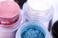 Cosmetic color pigments for make-up
