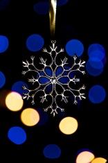 Xmas tree snowflake with bokeh lights 3
