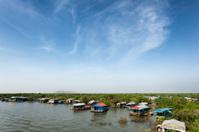 Chong Kneas floating village