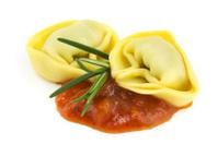 Tortelloni with tomato sauce